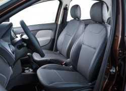 Передние сиденья Renault Logan 2015