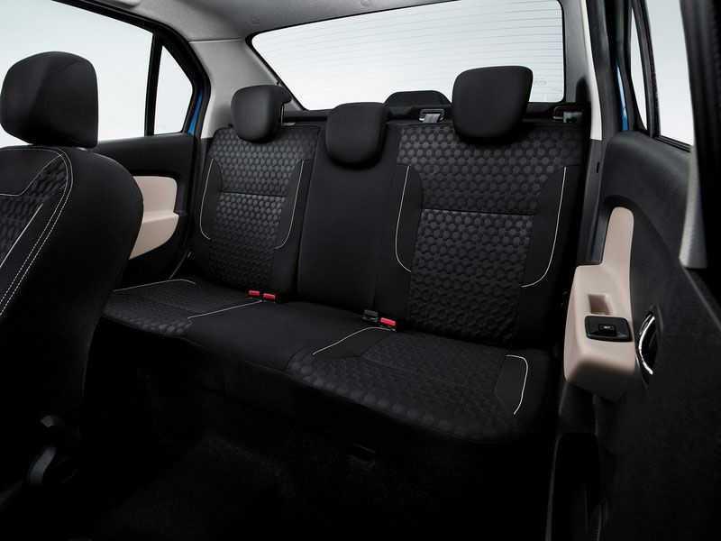 Тест-драйв Renault Logan II - особенности управления
